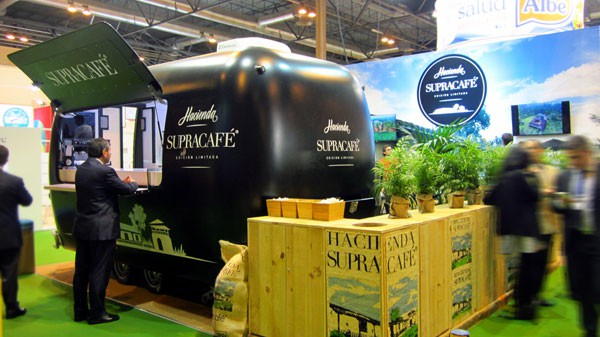 stand-SUPRACAFE-salon-gourmets-600x337