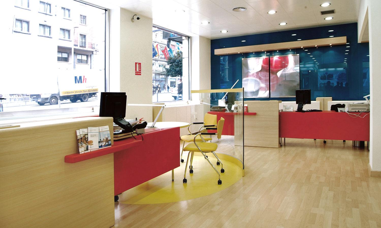 puestos comerciales Banco Popular en Gran Vía