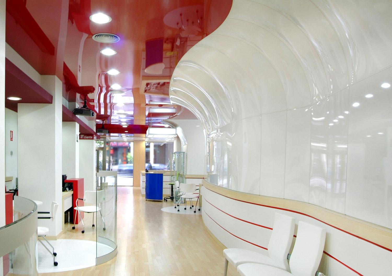 interior sucursal Banco Popular en O´Donnell