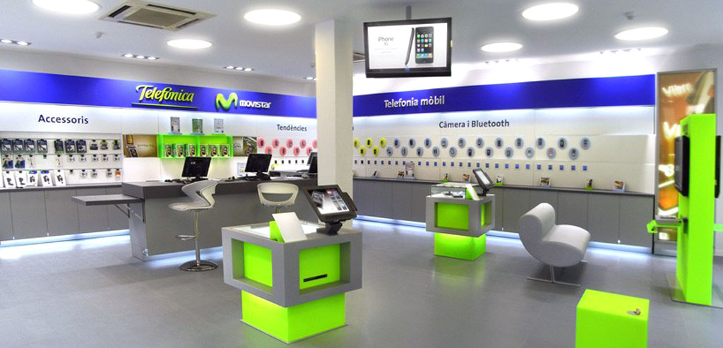 Dise o nuevos locales telef nica movistar volteo for Oficinas movistar madrid